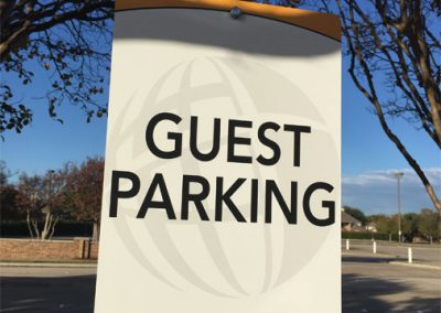 hunters_guest_parking_church_signage
